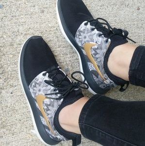 Nike Id Custom White Black & Gold Floral Sneakers